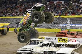 grave digger monster truck wallpaper lego 8466 crazy monstertrucks
