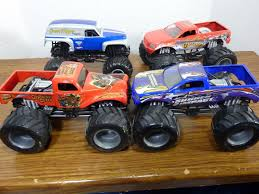 monster jam 1 24 scale trucks 4 monster jam wheels 1 24 scale trucks sudden impact