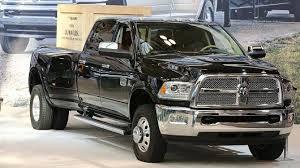 dodge trucks fiat chrysler recalling nearly 500 000 ram trucks for risk