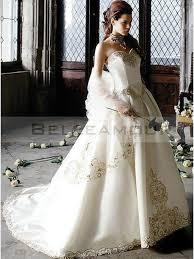 robe de mari e original robe de mariée colorée originale appliques coeur chic longue