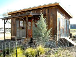 reclaimed space is a small house builder in austin texas they cool