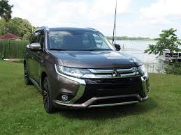2017 white mitsubishi outlander the 2018 mitsubishi outlander phev stop the press here u0027s the