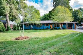 913 roselawn way for sale bowling green ky trulia