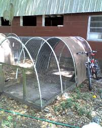 one day my chickens will have a pen like this so i can get quail