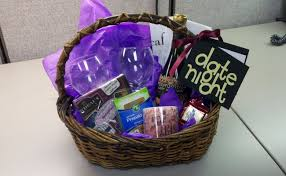 date basket great ideas for wedding gift baskets tips for wedding gift ideas