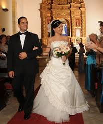 Sell Your Wedding Dress One Preowned Wedding Dress Three Beautiful Weddings Preowned
