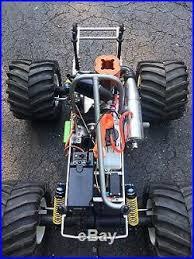 vintage parts cars vintage 1 10 kyosho mad force bigfoot monster