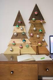 how to build a rustic desktop christmas tree diy
