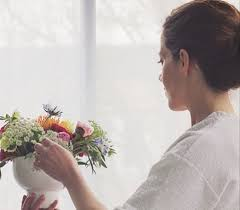 event floral arranging class at fern studio
