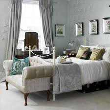 home decoration bedroom old ideas red white stripped pattern