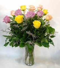 colored roses cfe 1012 one dozen stem colored roses arranged coleman