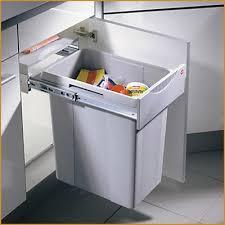poubelle cuisine encastrable sous evier poubelle ikea cuisine effectivement ordinaire poubelle cuisine