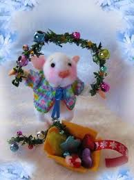 Christmas Mice Decorations 265 Best A Mouse Christmas Craft Images On Pinterest Christmas