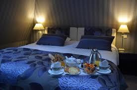 chambre avec deauville chambre mansardée avec baignoire balnéo d angle photo de augeval