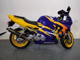 honda cbr 600 bike 1997 honda cbr600 f3 blue yellow motor bikes canton ohio mc222
