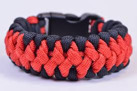 paracord bracelet youtube images The quot crooked spine quot paracord survival bracelet tutorial jpg