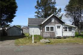Cottages In Long Beach Wa by 308 Se 3rd St Long Beach Wa 98631 Mls 1136602 Redfin