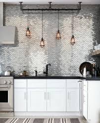 mur en cuisine cuisine industrielle l élégance brute en 82 photos exceptionnelles