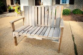 Rustic Outdoor Bench Plans Diy Pallet Wood Bench 101 Pallets