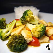 brocolis cuisine poêlée de brocolis poulet cook expert recettes