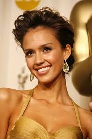jessica alba made a new tattoo news 4y jessica alba daisy