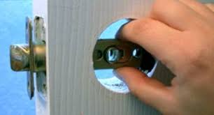 Replace Interior Door Knob 3 Ways To Change Door Locks Wikihow
