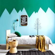 frise murale chambre bébé mur chambre enfant mur vert avec des montagnes bleues frise murale