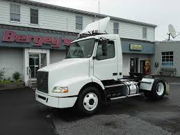 new volvo tractor used volvo tractor trailers for sale uvan us