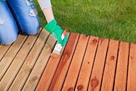 Longest Lasting Cedar Deck Stain by Longest Lasting Deck Stain The Money Pit