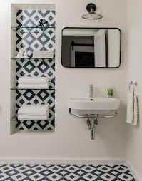 White And Blue Tiles In Bathroom White Glass Vertical Bathroom Wall Tiles Design Ideas