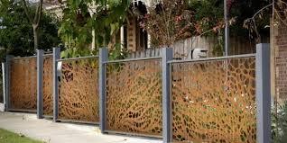 Privacy Garden Ideas 15 Creative And Inspiring Garden Fence Ideas Home And Gardening
