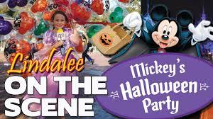 mickey u0027s halloween party 2017 oogie boogie buckets coco