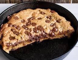 une recette de cuisine le cookie géant une recette facile qui deviendra vite