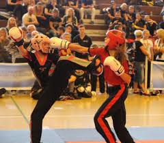 Polizeibericht Bad Salzungen Manus Trophy 4x Gold Ging An Sportler Der Kampfsportschule Berk