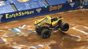 monster truck show in va earth shaker monster truck monster jam richmond va 2017 youtube