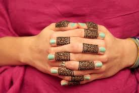 32 simple and easy mehndi designs for beginners by