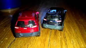 matchbox jeep 2016 matchbox 2014 jeep cherokee trailhawk both variations youtube