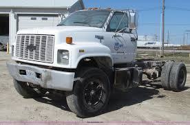 1991 chevrolet kodiak truck cab and chassis item g2344 s