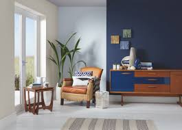 colour consultant for crown paints judy smith gives utopia her