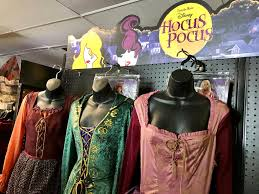 costumes at halloween spirit new hocus pocus halloween line at spirit halloween u2013 hip2save