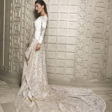 wedding dress trend 2018 trend report a glimpse at the 2018 bridal trends