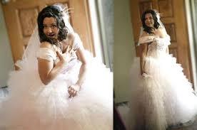 wedding dress maker questions to ask a wedding dressmaker