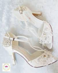 ivory shoes for wedding bridal shoes peep toe shoes vintage shoes bridal shoes ivory