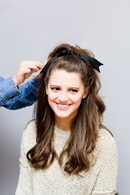 how to get a lifted crown hairdo beauty note brigitte bardot inspired holiday hair lauren conrad