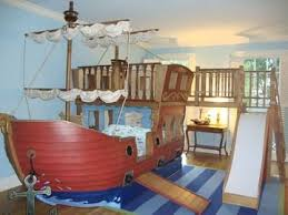 Boat Bunk Bed All On Deck With These Boat Beds Bunk Bed Pirate Bedroom