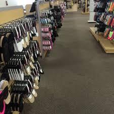 designer shoe outlet dsw designer shoe warehouse 21 photos 16 reviews shoe stores