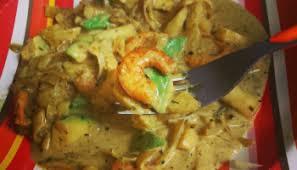 cuisiner konjac crevettes comme un curry et tagliatelles de konjac low carbs