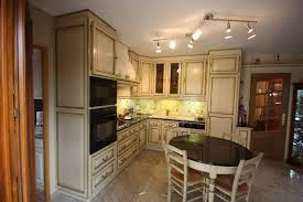 cuisine blois cuisine rocchetti blois ivoire rechi vert meubles rocchetti nord
