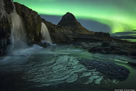 best time to go to iceland for northern lights 2017 11 photos of mount kirkjufell will convince you to fly to iceland
