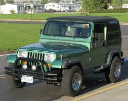 jeep wrangler square headlights jeep cj vs jeep wrangler the similarities and differences the